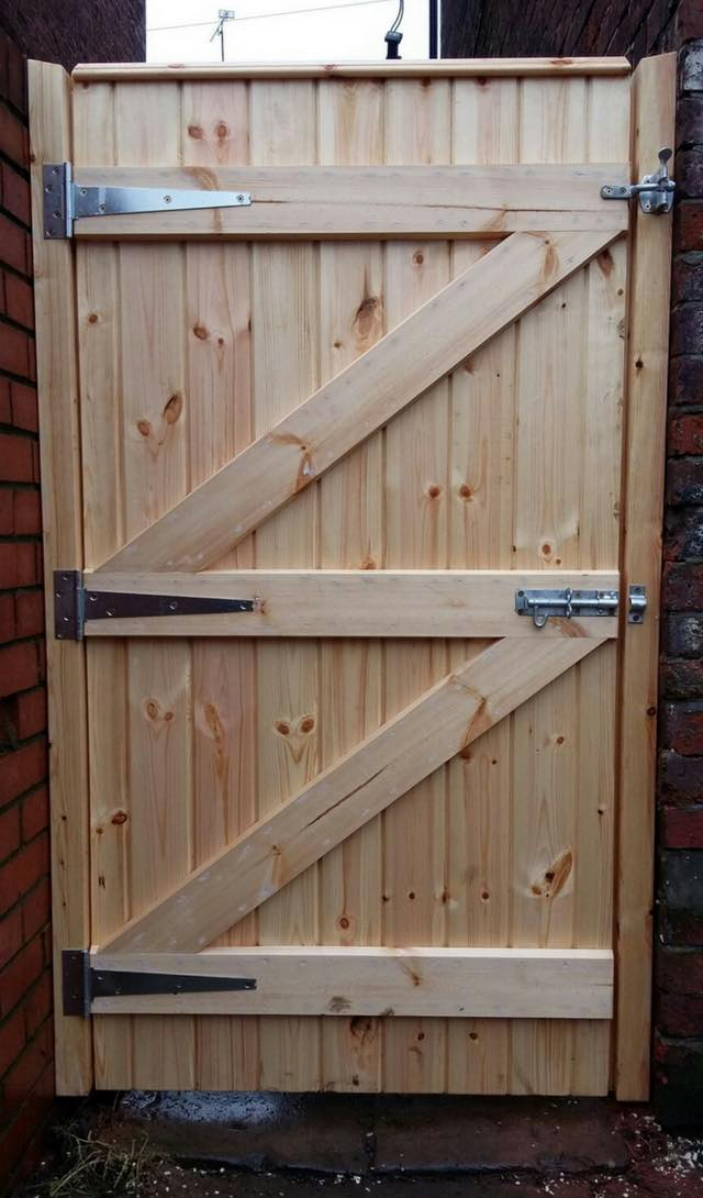 Gate Installation in Royton, Oldham, Shaw | Fencing Services