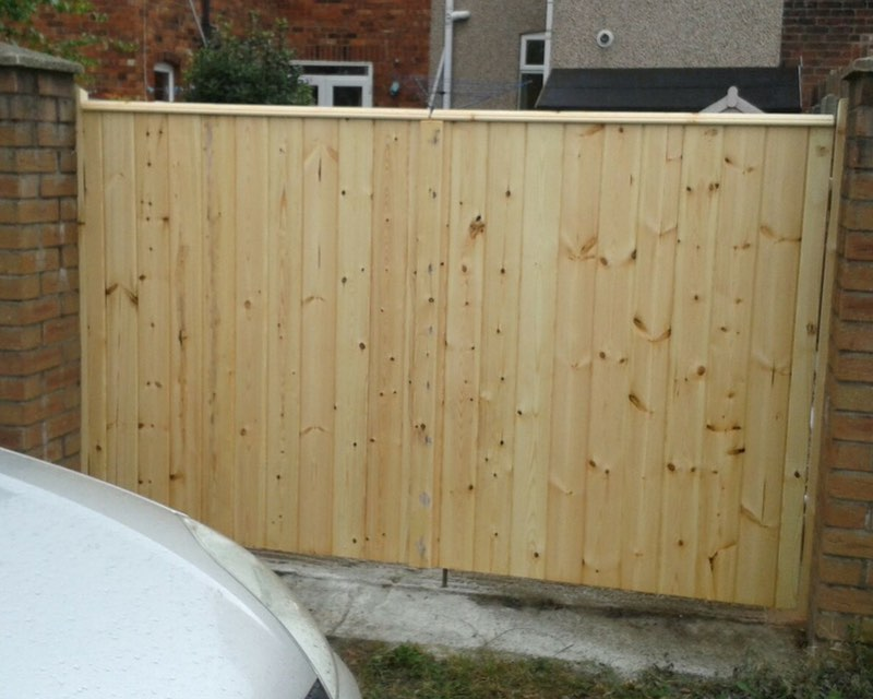 Gates in Royton, Oldham, Shaw | Fencing Services