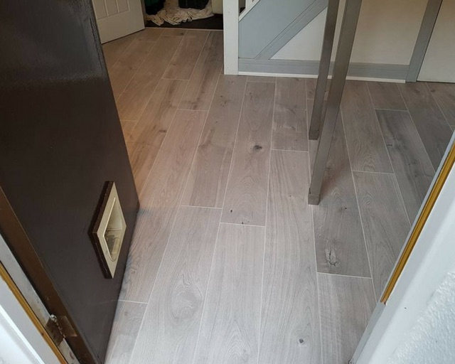 Laminate flooring services and fitters in Royton
